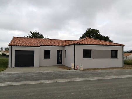location maison LES EPESSES 900 €
