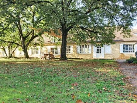 vente maison MAUZAC ET GRAND CASTANG 551250 €