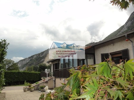 vente maison NOYAREY  369 000  € 110 m²