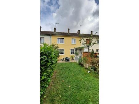 maison  148000 €