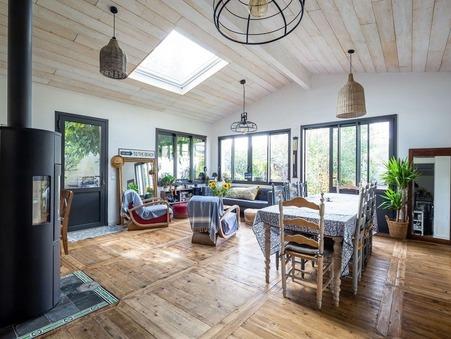 Vente maison MERIGNAC  825 000  €