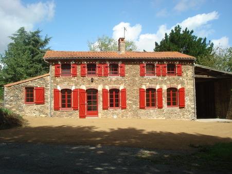 location maison MOUCHAMPS 900 €
