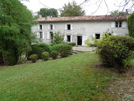 Vends maison Saint-Jean-d-Angely  371 000  €