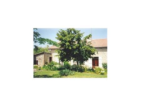 location gite saint pierre de buzet  220  € 100 m²