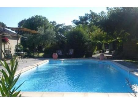 location gite bedarrides  385  € 35 m²