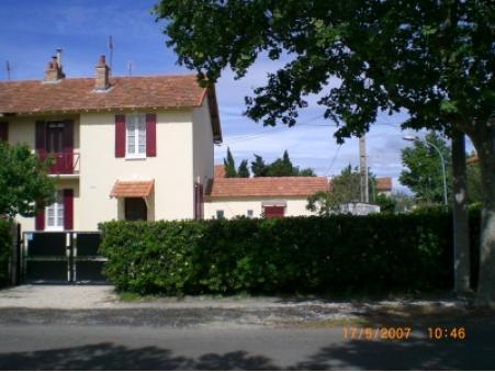 location maison salin de giraud  310  € 55 m²