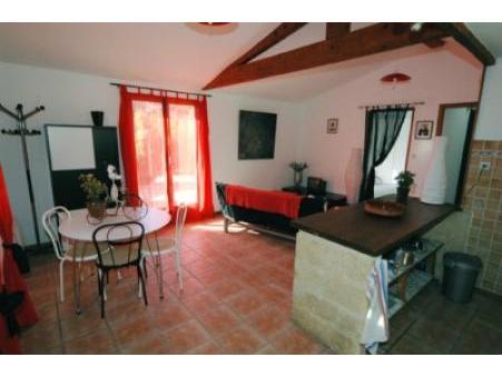 location gite collias  450  € 50 m²