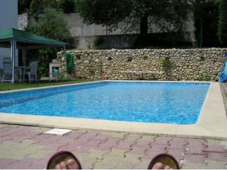 location maison ales 1 500  € 170 m²