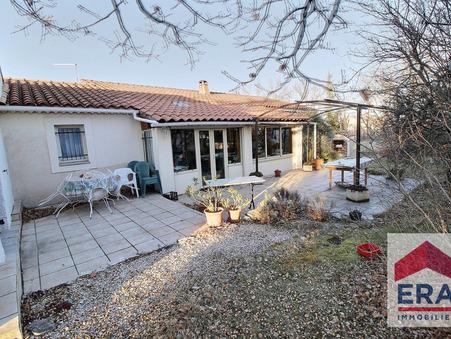A vendre maison sault  297 000  €