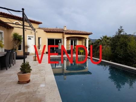 Vente maison CUERS  638 000  €