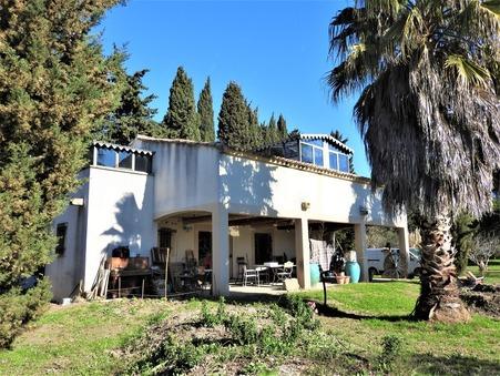 Vends maison tarascon  294 000  €