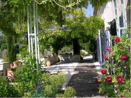 Vends propriete St remy de provence 1 840 000  €