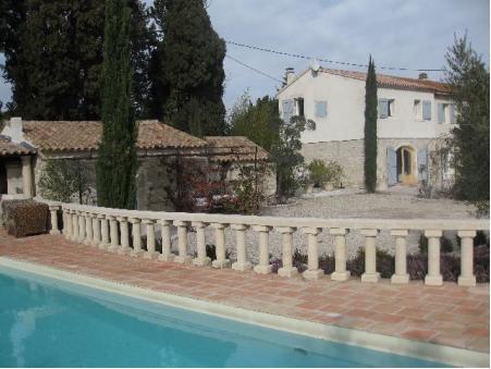 Vends propriete St remy de provence  920 000  €
