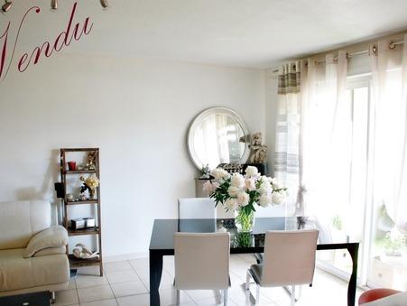 Vente appartement Hyeres 86 m²  265 000  €