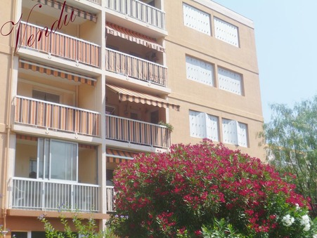Appartement Hyeres  230 000  €