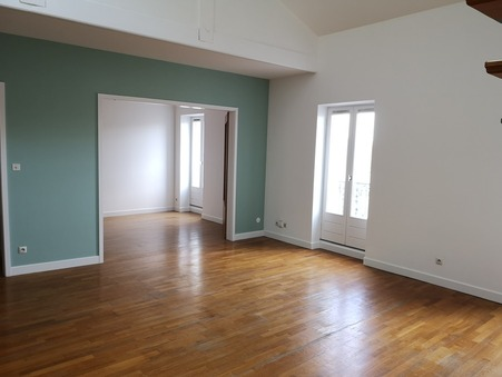 Loue appartement Valence  910  €