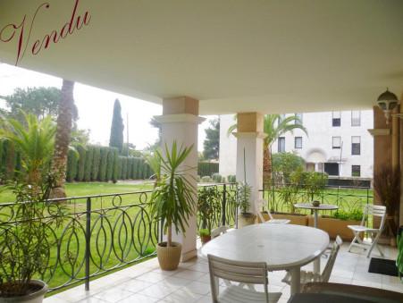 A vendre appartement Hyeres 57 m²  210 000  €