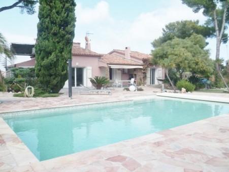 vente propriete Giens 1 650 000  € 30148 m²