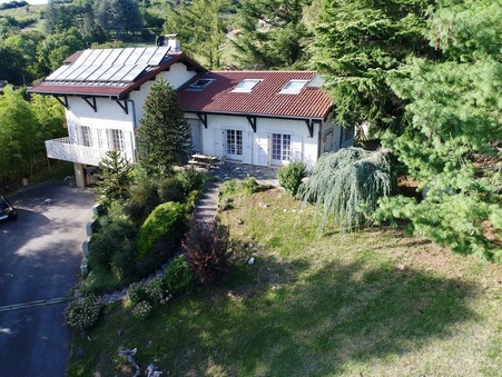 Vente maison La cote st andre  270 000  €