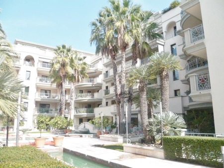 Vends appartement Hyeres  570 000  €