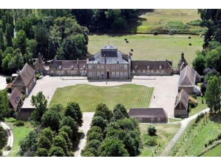 vente chateau Bourges 600m2 2625000€