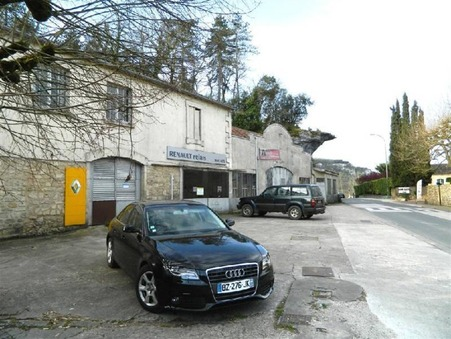 Vente local LE BUGUE  326 000  €