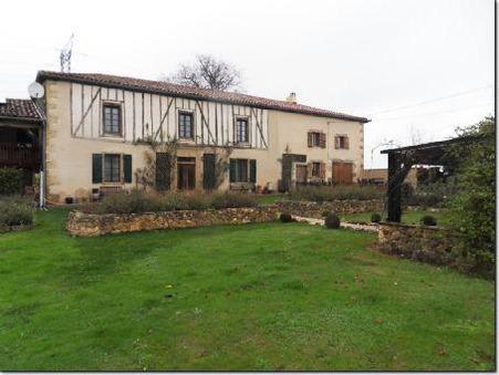 A vendre maison AURIGNAC  365 000  €