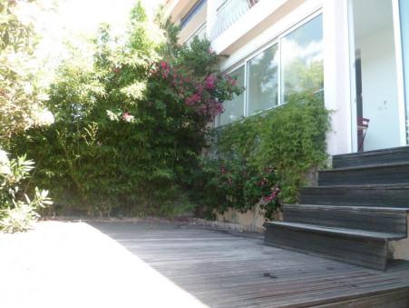 Location vacances appartement HYERES 54 m²  305  €