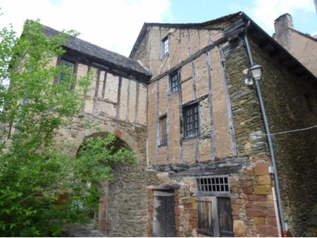 Vends maison Conques 75 250  €