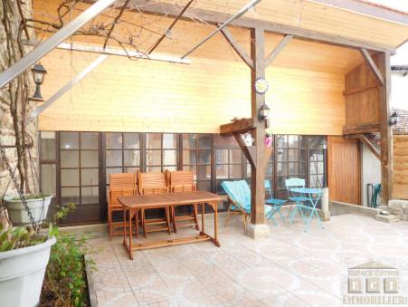 A vendre maison LA COTE ST ANDRE  213 000  €