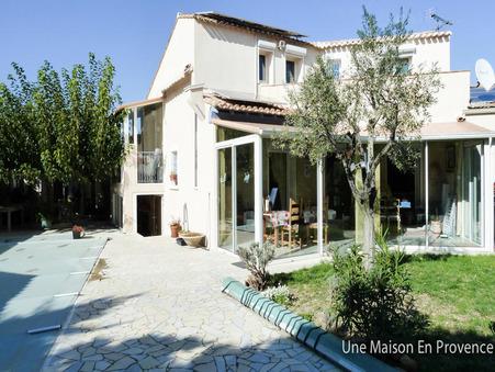 Vends maison Rochefort du gard  390 000  €