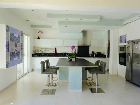 vente maison ST CLEMENT DE RIVIERE 990000 €