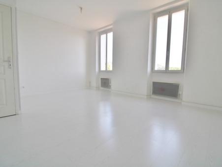 Loue appartement PLAN DE CUQUES 63.35 m²  830  €
