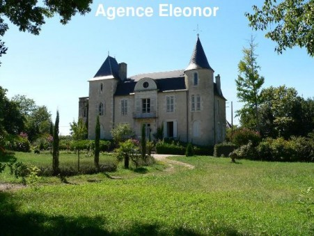 A vendre chateau eymet 1 260 000  €