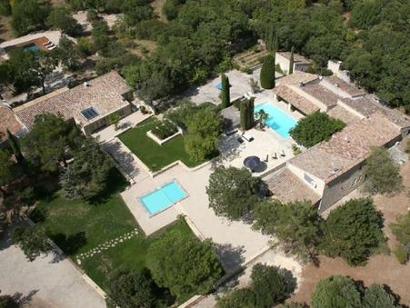 location maison Gordes 8950 €