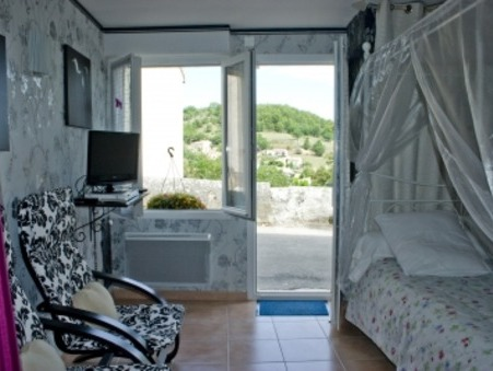 location appartement roumoules  280  € 23 m²
