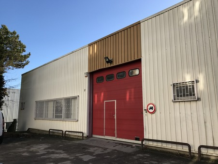Loue professionnel NEUILLY SUR MARNE 526 m² 0  €