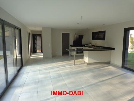 maison  1200 €