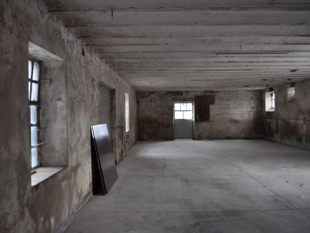 vente maison ST LAURENT DE CHAMOUSSET  175 000  € 400 m²