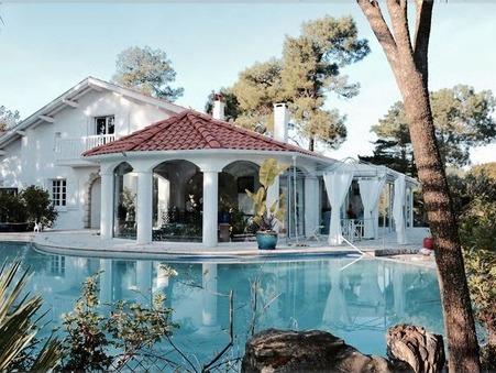 Vendre maison ANGLET 1 680 000  €