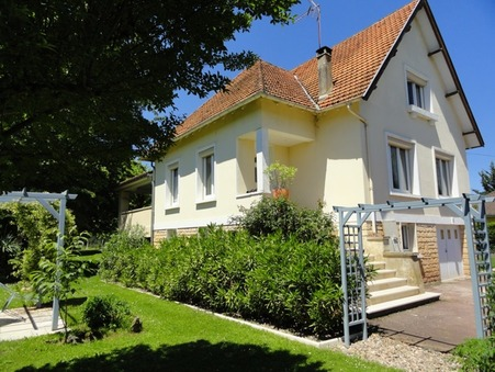 vente maison ST CYPRIEN  272 850  € 145 m�