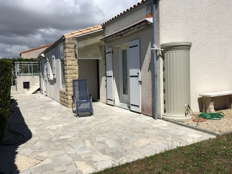Acheter maison ST GEORGES DE DIDONNE 105 m²  294 000  €