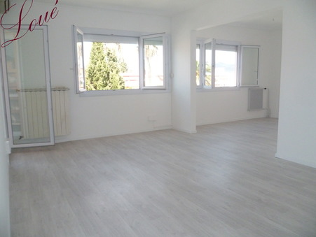 Location appartement HYERES 82 m² 1 050  €