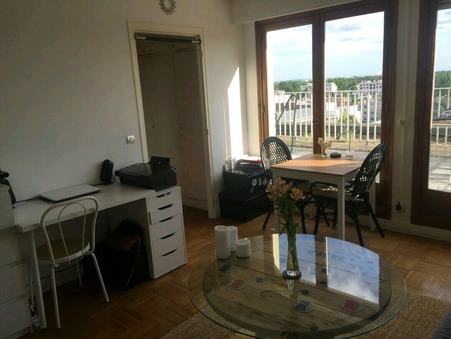 appartement  783 €