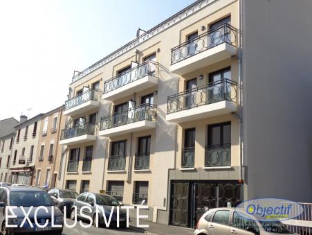 location appartement CHOISY LE ROI 49.22m2 812€