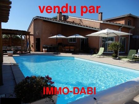 vente maison ROQUETTES 230m2 529000€