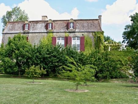 Vends chateau Miramont de guyenne  324 825  €