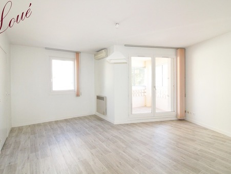 10 location appartement HYERES 800 €