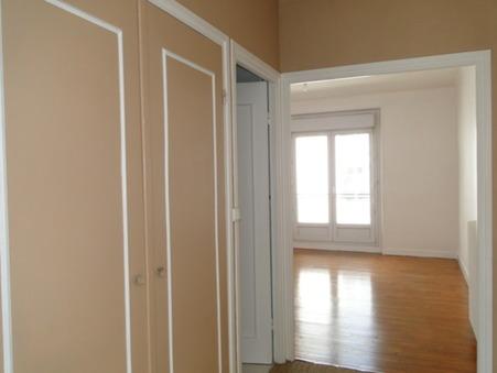 appartement  86800 €