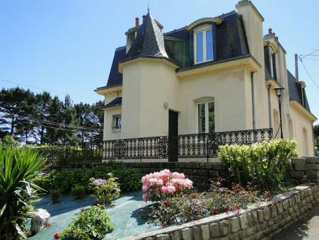 maison  530400 €